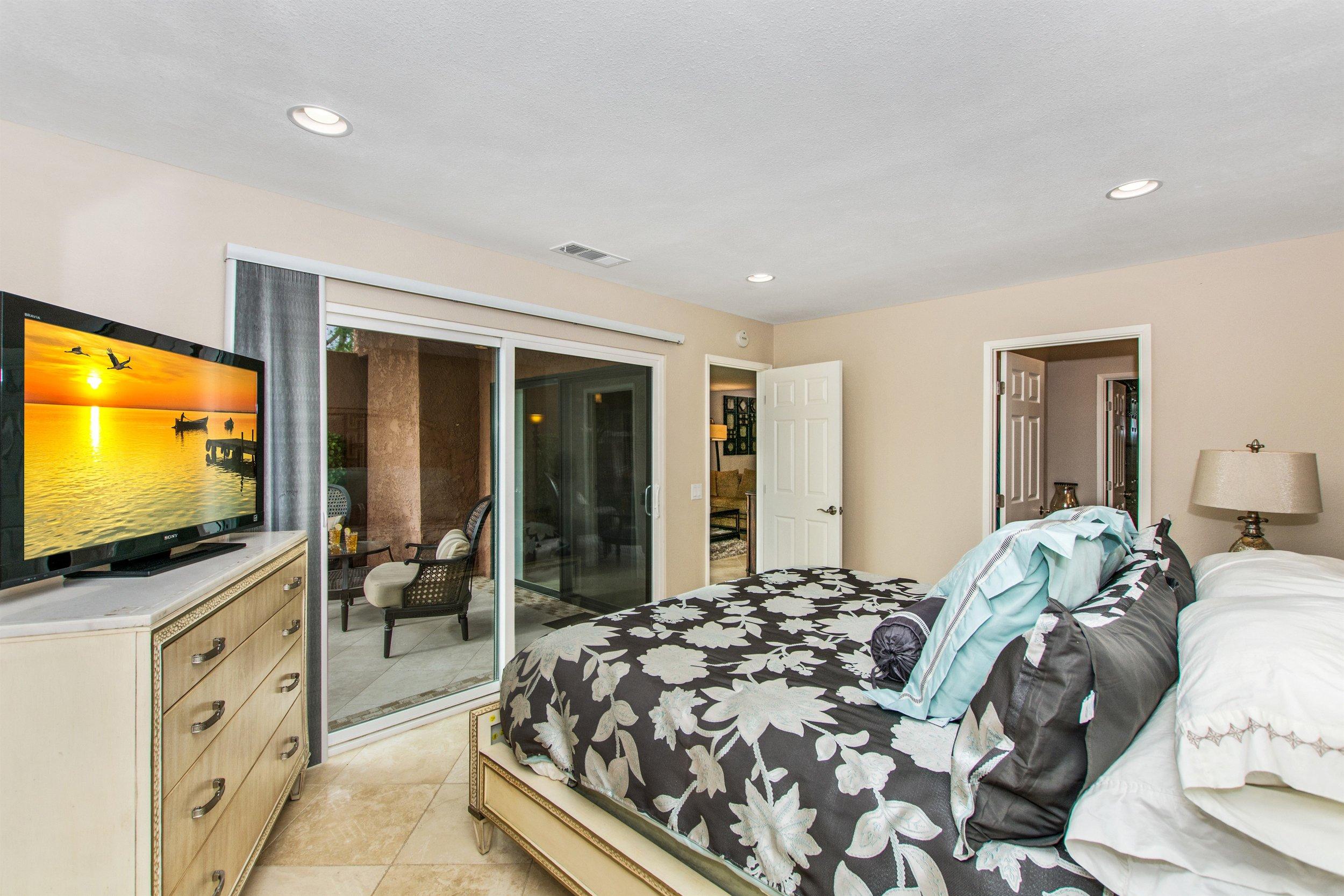 012_Bedroom 1.jpg