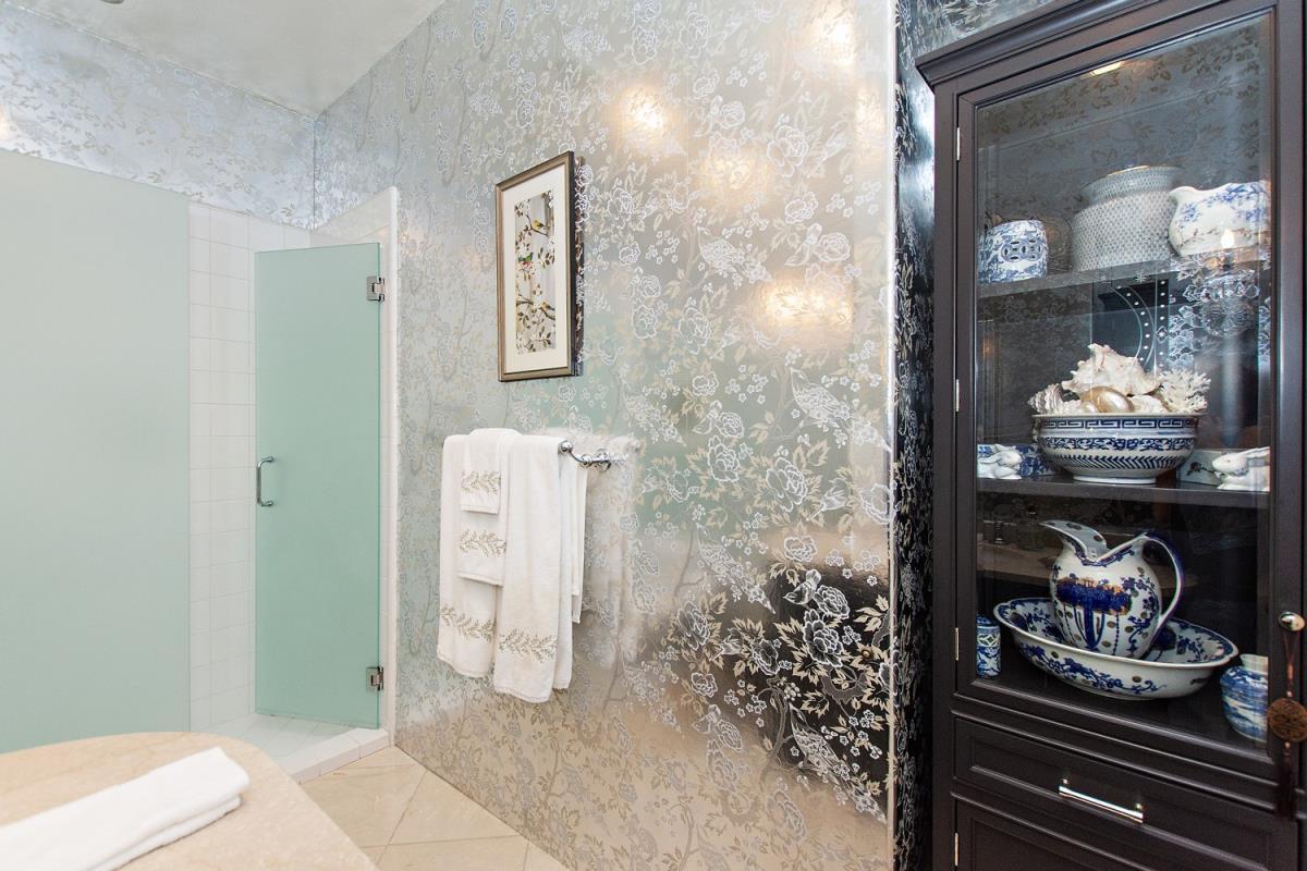 30-Master_Bathroom(2).jpg