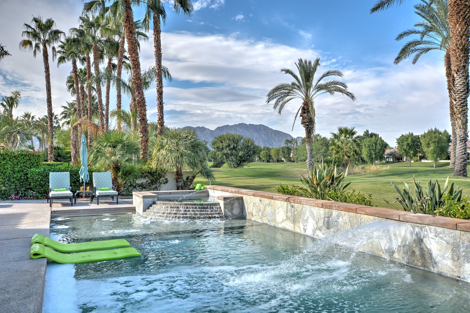 81400 Golf View Dr, La Quinta