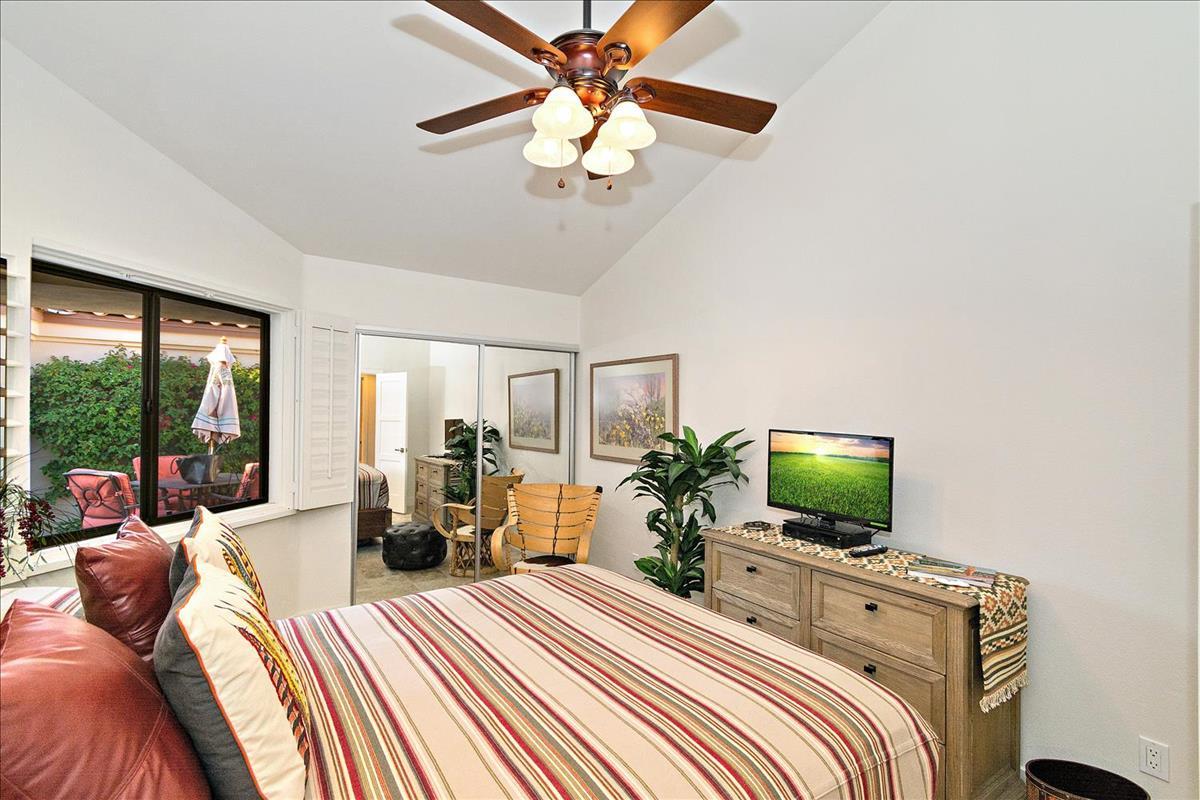 16-Bedroom_2.jpg