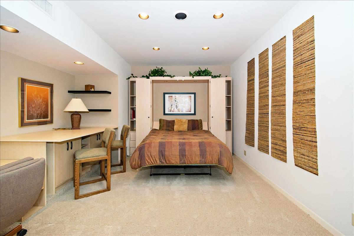 27-Bedroom_1(2).jpg