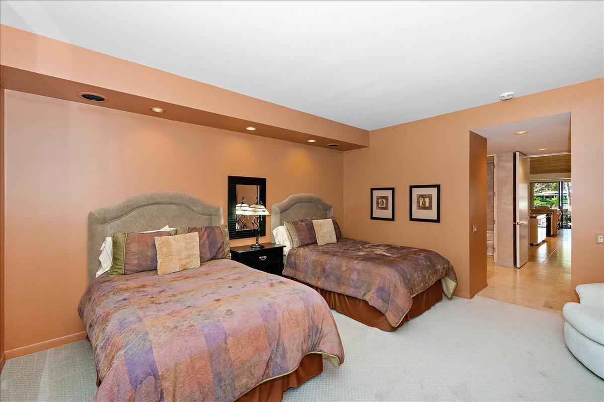 30-Bedroom_2.jpg