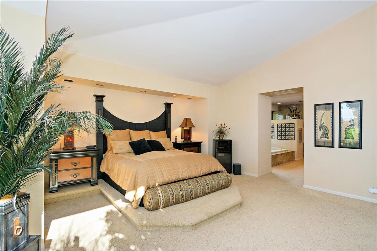 39-Master_Bedroom(3).jpg
