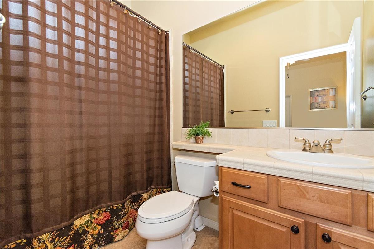 42-Bath(1).jpg