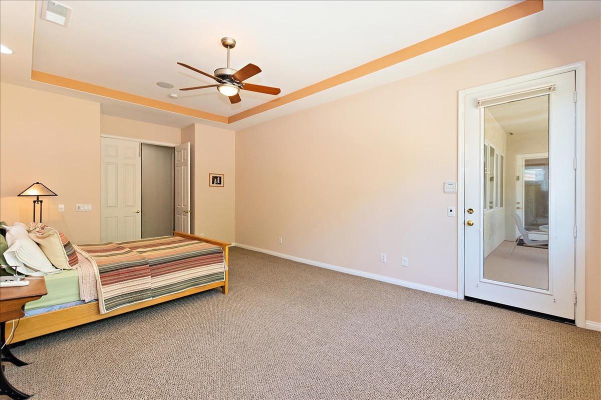 18-Master Bedroom.jpg