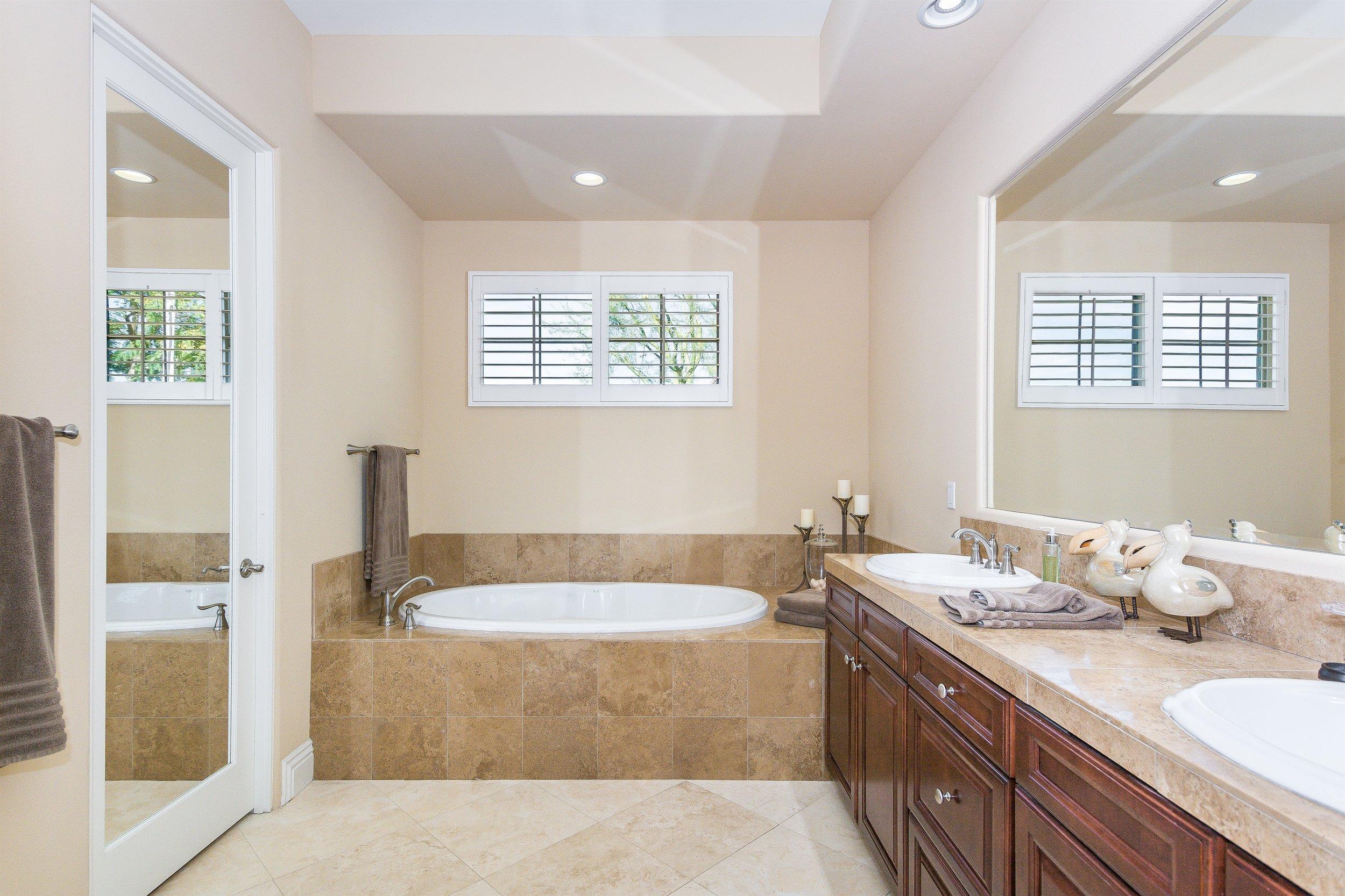021_Master Suite 2 Bath.jpg