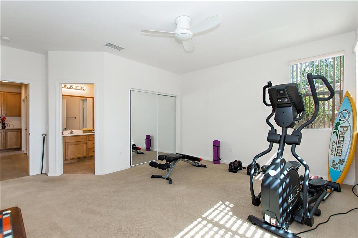 12-Bedroom 2.jpg