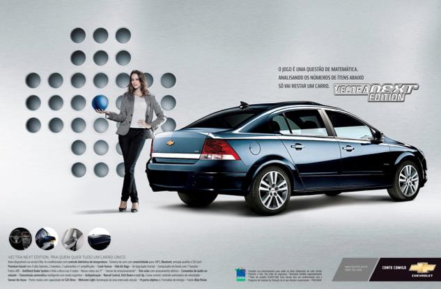 Bom exemplo da Chevrolet: um anúncio que traz não apenas uma mulher em posição de poder, como também a associa à matemática. Raridade.