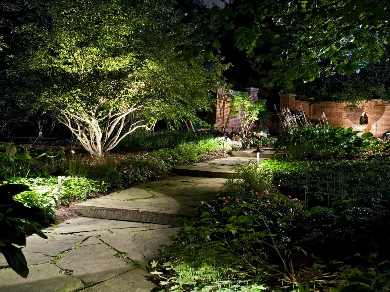 Pathway Lights Image 1.jpg