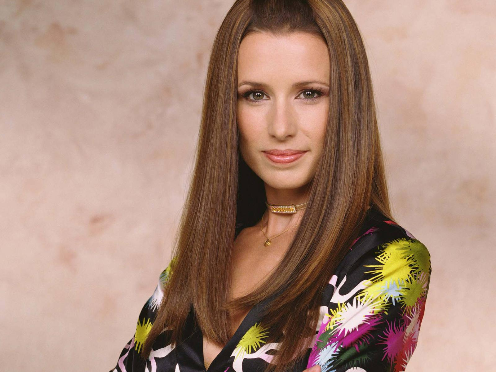 Copy of shawnee_smith_desktop_wallpaper