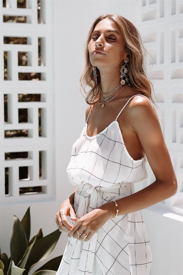 tops-grid-pleat-cami-1.jpg