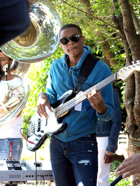 bass140420jpg_26777697111_o.jpg