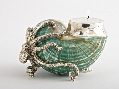 Objet Luxe  have SO MANY beautiful things, and we would beg/ borrow/ steal for this Octopus Candle holder (yes, we love candles!). The Jade Turbo shell, paired with the silver plated Octopus is super gorgeous, and is crying out for Instagram shelfies.