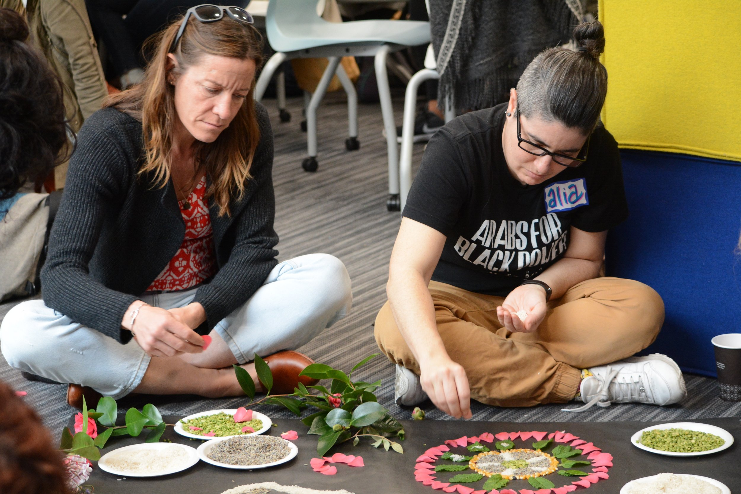 Agency  by  Design Oakland Fellows participate in nature mindful mandalas as a restorative community healing activity before and during their teacher inquiry during a March daylong meeting.
