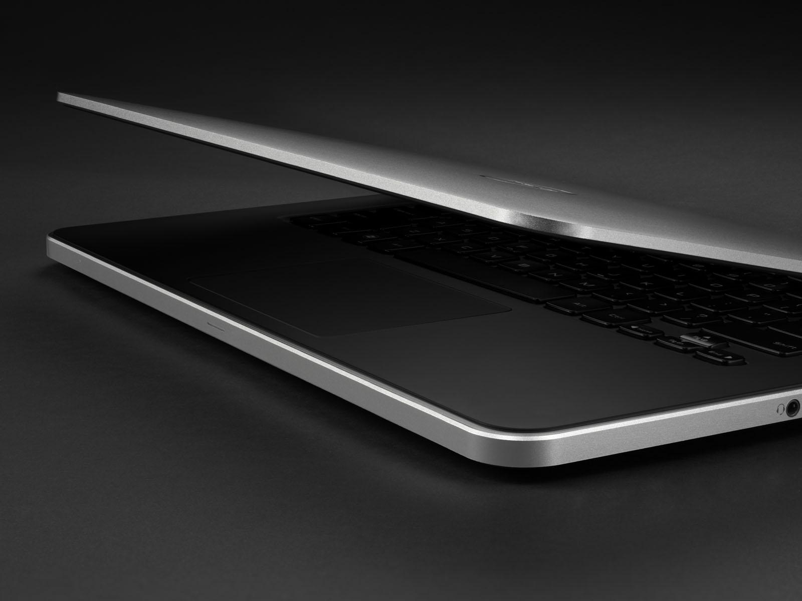 laptop D2.jpg