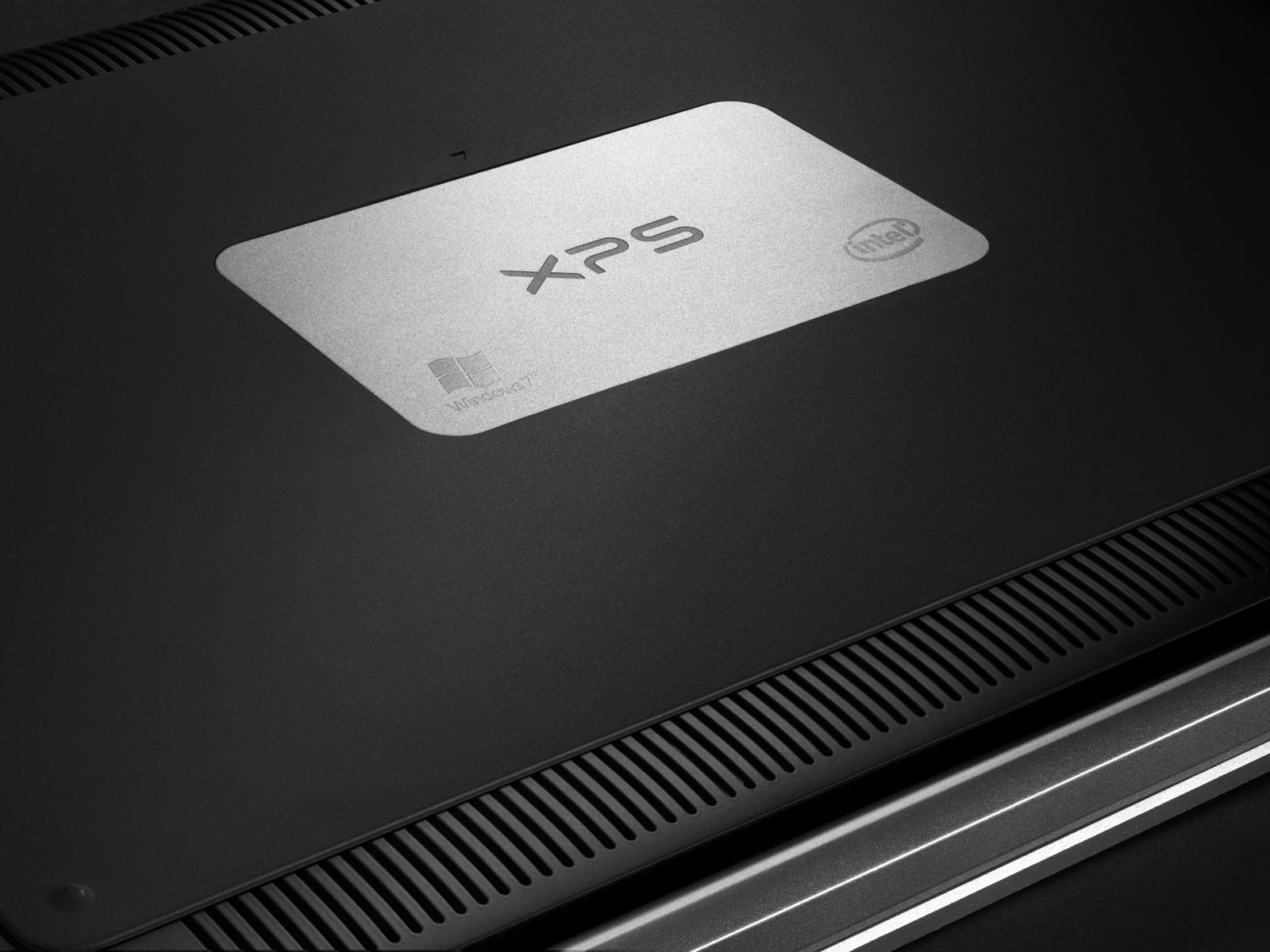 laptop E.jpg