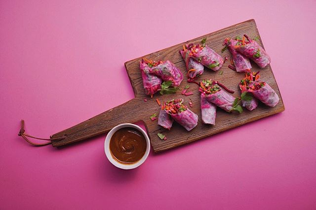 We've got a brand-new *catering menu* perfect for your springtime events! Pictured here, our Thai Slaw Wraps with ginger-miso dipping sauce. Whole-food, plant-based & organic just like our cafe menu. Contact us for more info! theanswer@thesourcewg.com 🌱