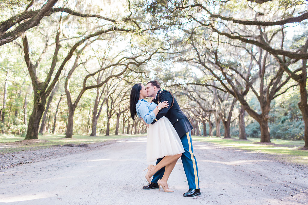 Savannah_Wedding_Photography_AptBPhotography_Couples272.JPG