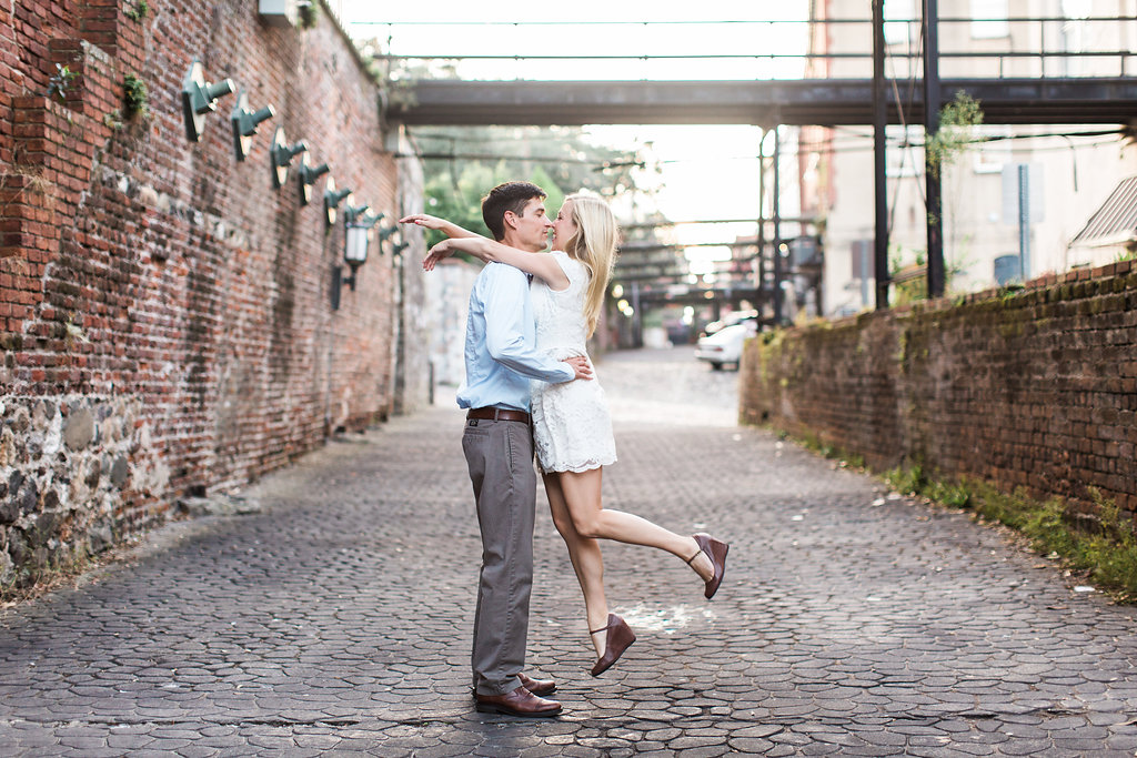 Savannah_Wedding_Photography_AptBPhotography_Couples290.JPG