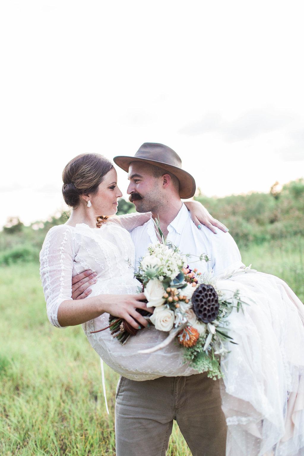 Savannah_Wedding_Photography_AptBPhotography_Styled486.JPG