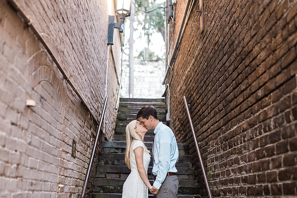 Savannah_Wedding_Photographer_River_Street_Lafayette_Square020.JPG