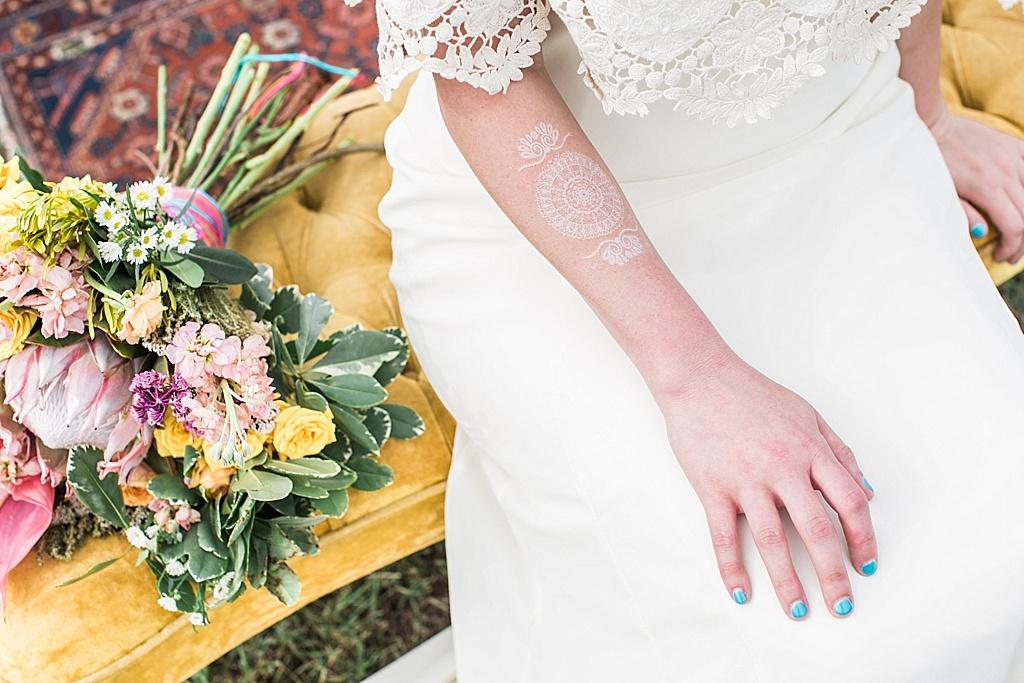 Savannah_Wedding_Photographer_Boho_Wedding_Dress_Vintage_Airplane008.JPG