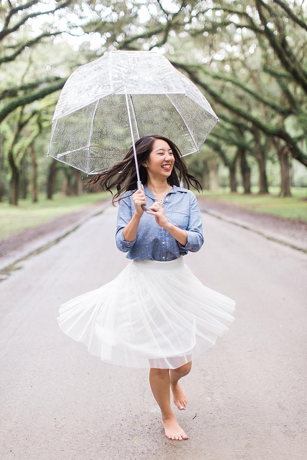 Ronnie_Steve_Savannah_Photographer_Rainy_Day_Photos_Clear_Umbrella024.JPG