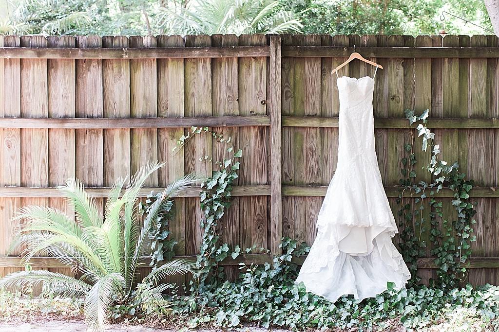 AptBPhotography_Savannah_Wedding_Photographer_Forsyth_Park_Vics_on_the_River001.JPG