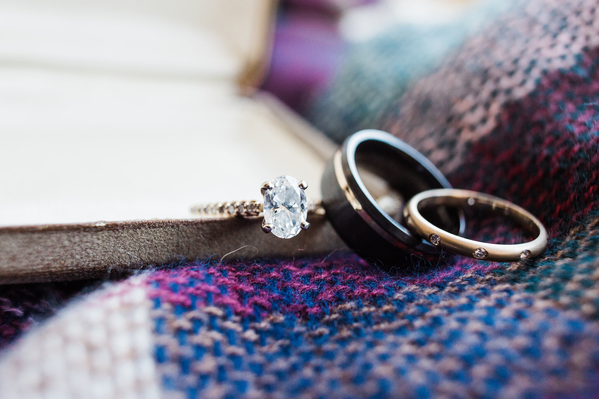 apt-b-photography-kristy-rob-wormsloe-elopment-savannah-wedding-photographer-savannah-elopement-wormsloe-wedding-historic-savannah-engagement-ring-2.jpg