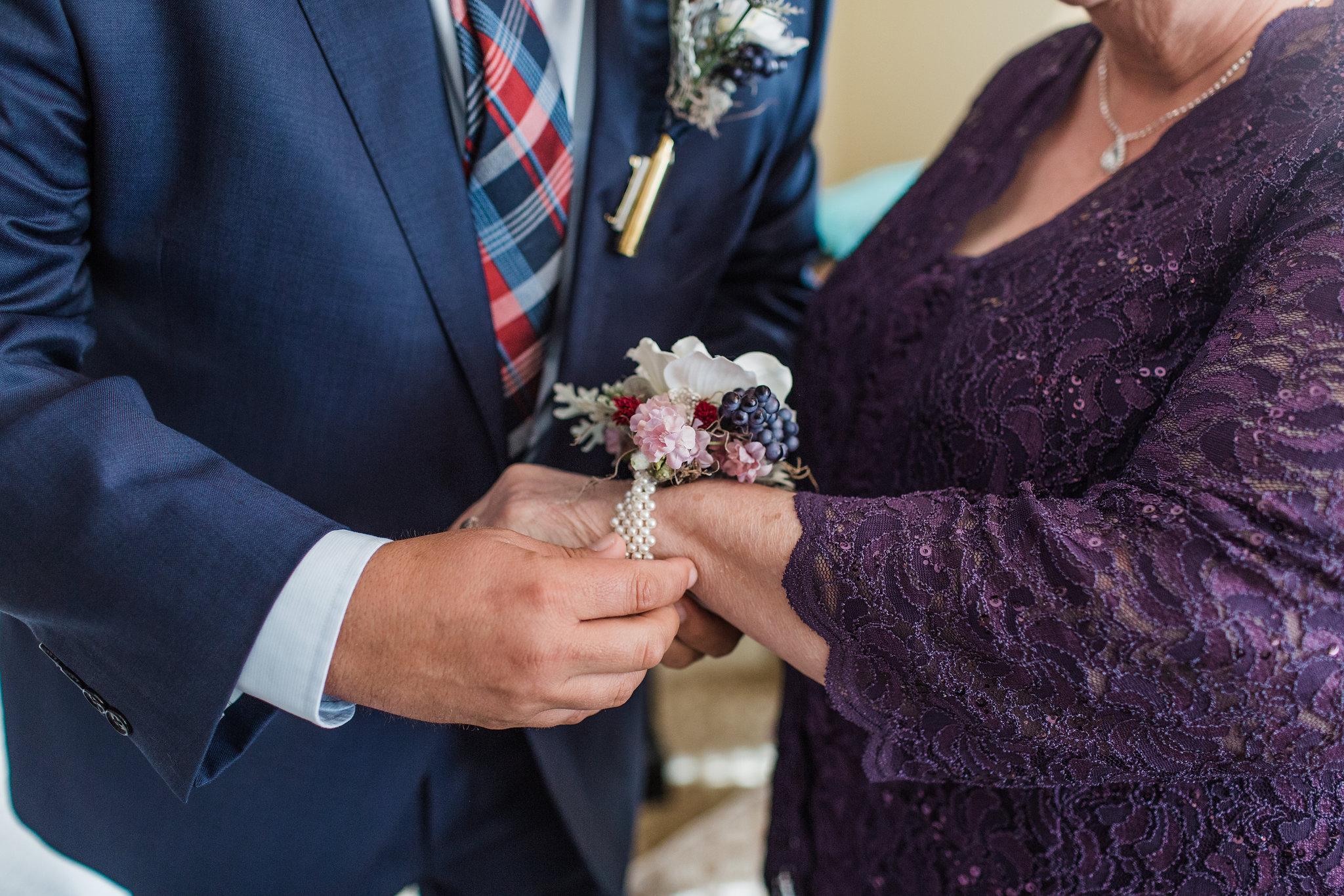 apt-b-photography-kristy-rob-wormsloe-elopment-savannah-wedding-photographer-savannah-elopement-wormsloe-wedding-historic-savannah-6.jpg