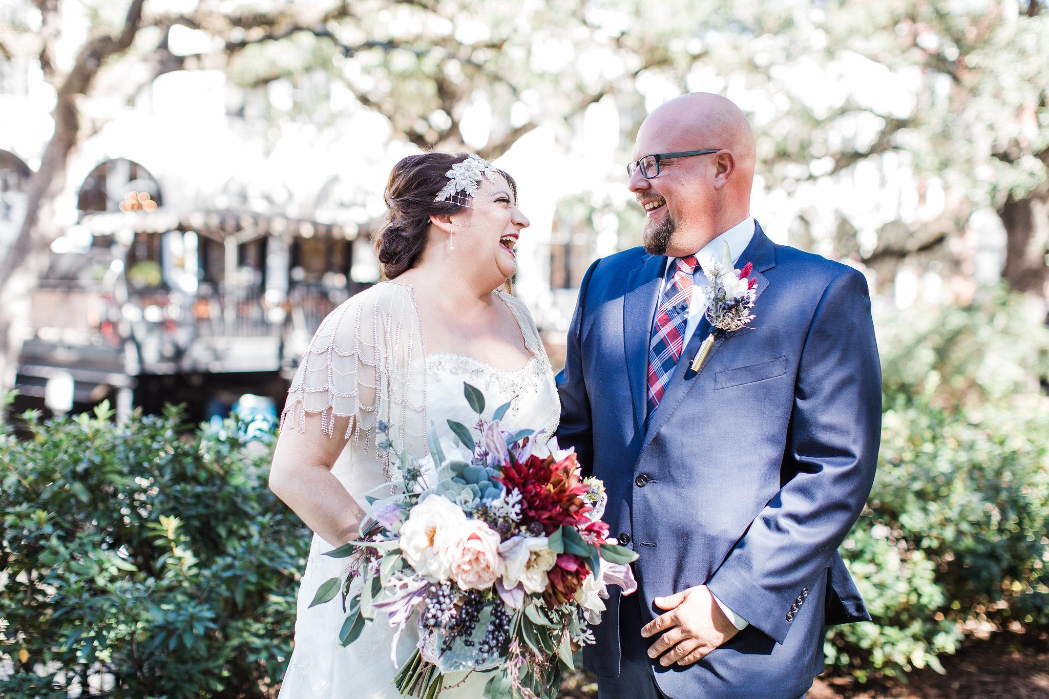 apt-b-photography-kristy-rob-wormsloe-elopment-savannah-wedding-photographer-savannah-elopement-wormsloe-wedding-historic-savannah-first-look-8.jpg