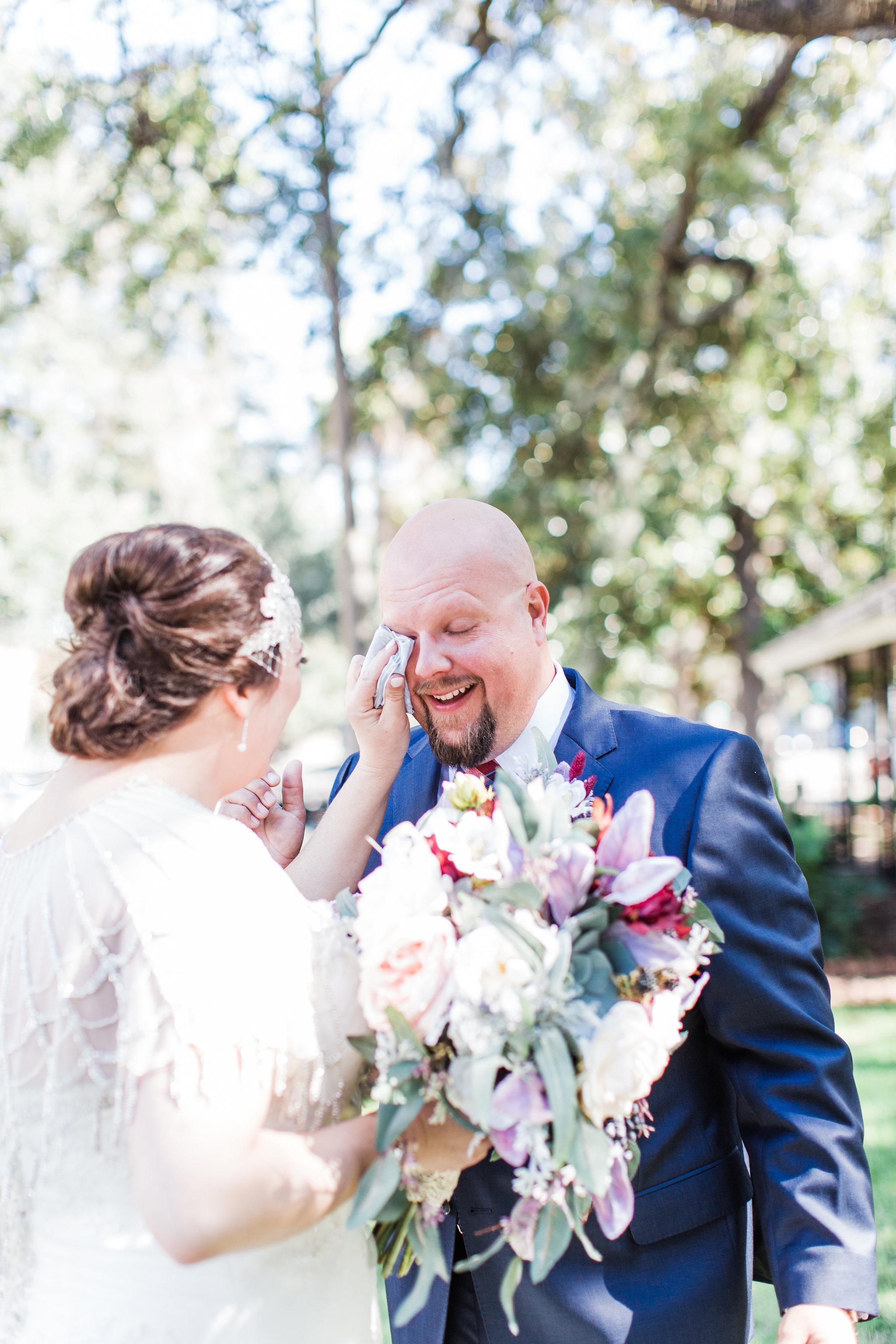 apt-b-photography-kristy-rob-wormsloe-elopment-savannah-wedding-photographer-savannah-elopement-wormsloe-wedding-historic-savannah-first-look-9.jpg