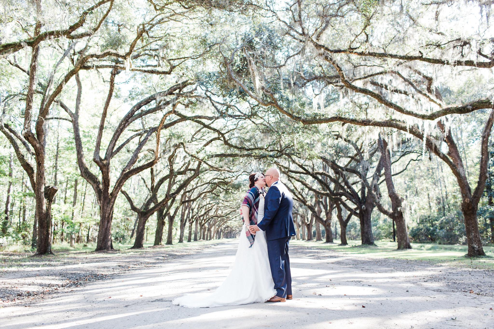 apt-b-photography-kristy-rob-wormsloe-elopment-savannah-wedding-photographer-savannah-elopement-wormsloe-wedding-historic-savannah-elopement-photographer-28.jpg
