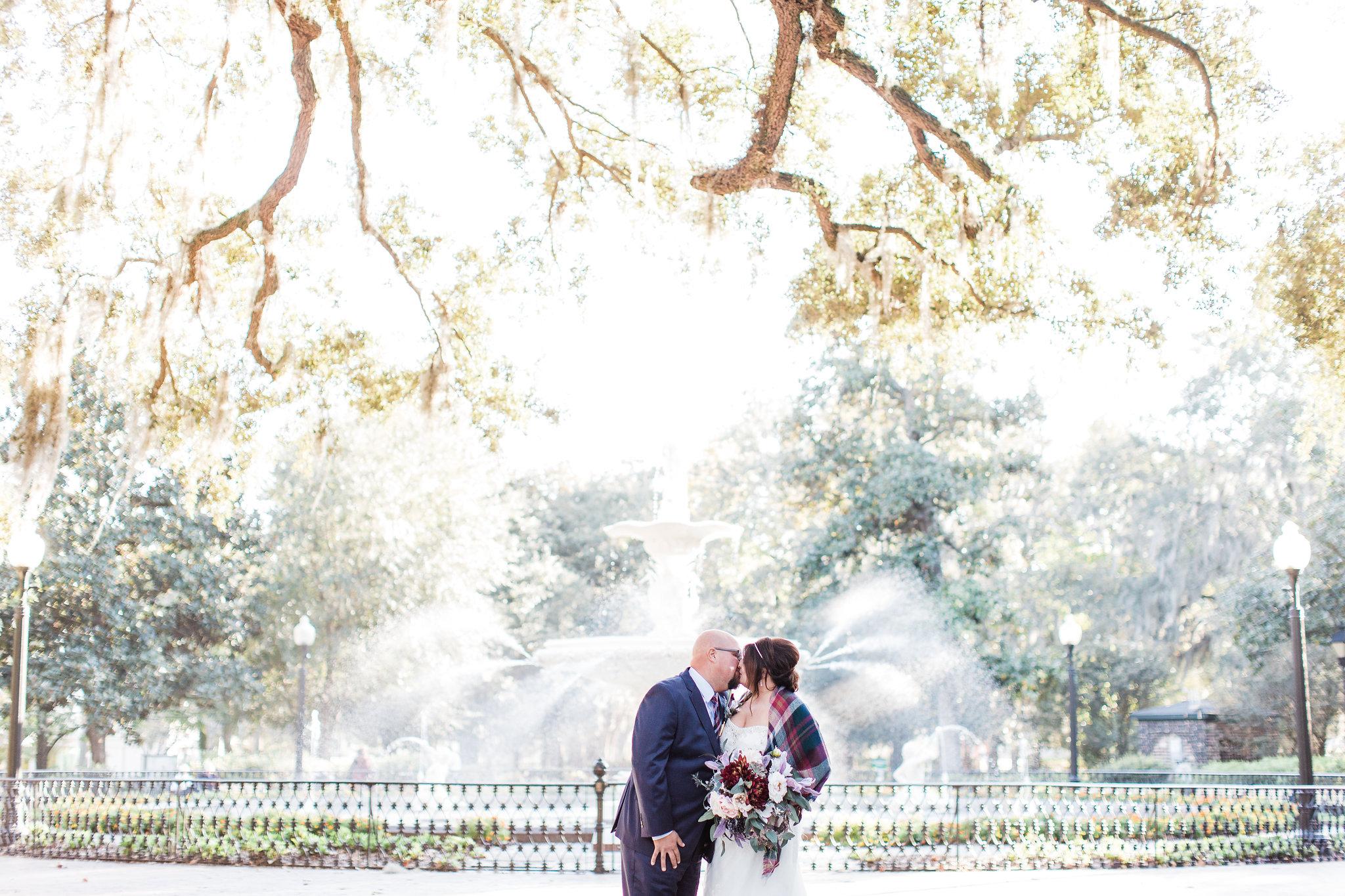 apt-b-photography-kristy-rob-wormsloe-elopment-savannah-wedding-photographer-savannah-elopement-wormsloe-wedding-historic-savannah-elopement-photographer-forsyth-fountain-savannah-39.jpg