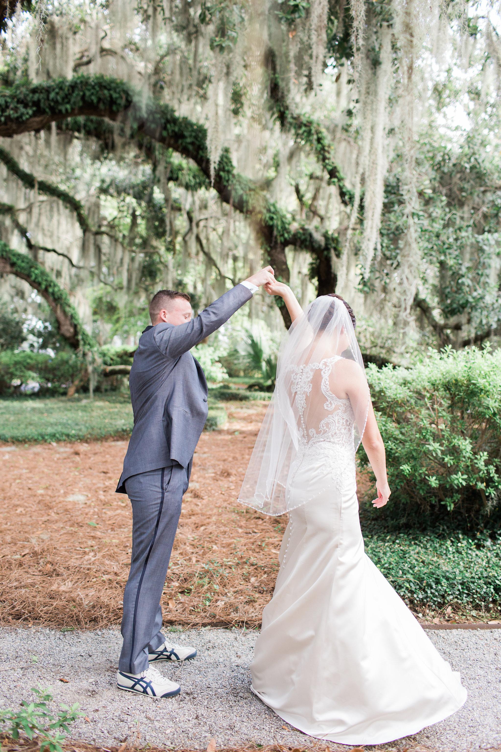apt-b-photography-lauren-graham-oldfield-wedding-south-carolina-wedding-photographer-savannah-wedding-lowcountry-wedding-coastal-wedding-first-look-11.JPG