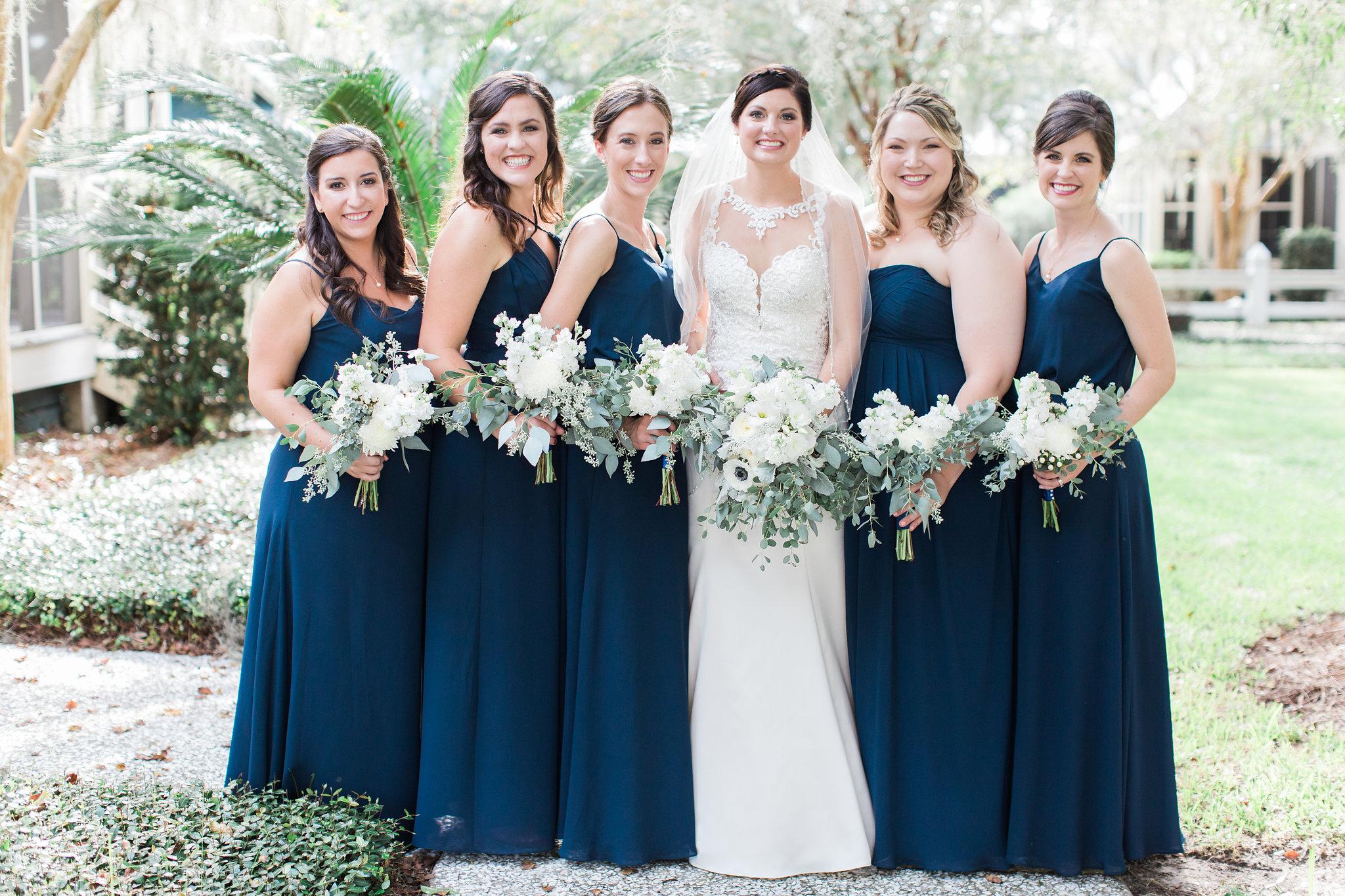 apt-b-photography-lauren-graham-oldfield-wedding-south-carolina-wedding-photographer-savannah-wedding-lowcountry-wedding-coastal-wedding-navy-bridesmaids-19.JPG