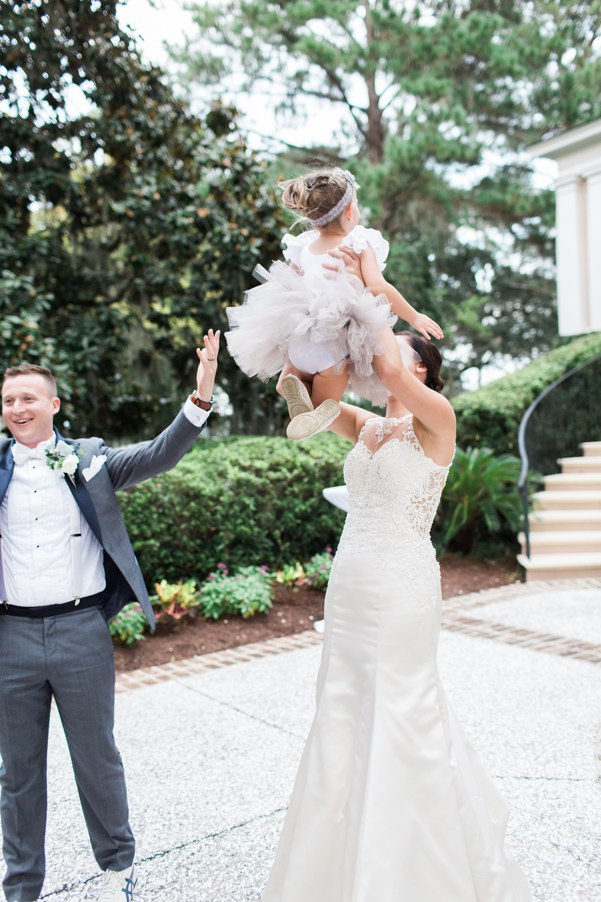apt-b-photography-lauren-graham-oldfield-wedding-south-carolina-wedding-photographer-savannah-wedding-lowcountry-wedding-coastal-wedding-navy-wedding-flowergirl-tutu-30.JPG