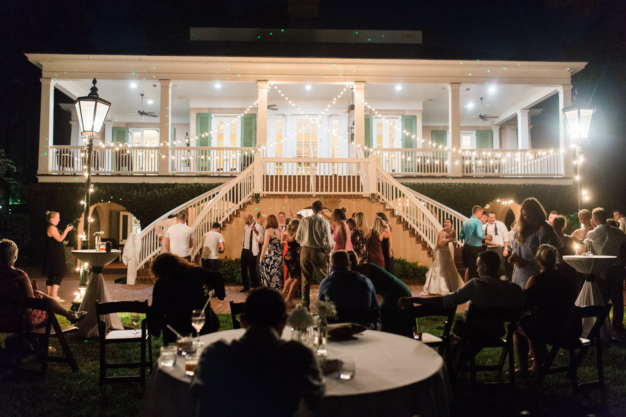 apt-b-photography-lauren-graham-oldfield-wedding-south-carolina-wedding-photographer-savannah-wedding-lowcountry-wedding-coastal-wedding-evening-wedding-cafe-lights-32JPG.JPG