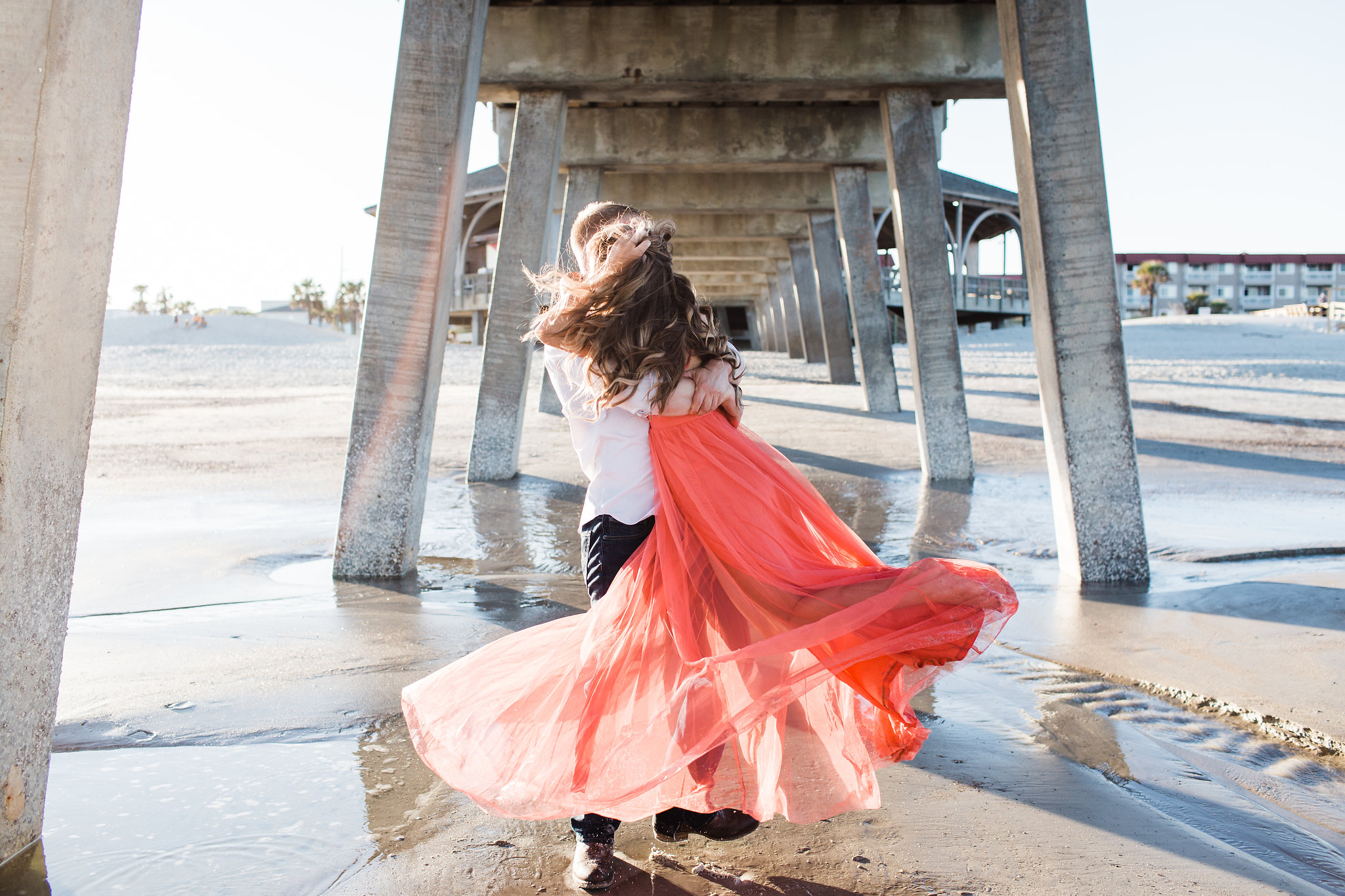 Erin-kevin-apt-b-photography-tybee-island-engagement-photoshoot-savannah-engagement-savannah-wedding-savannah-wedding-photographer-tybee-island-wedding-beach-engagement-tybee-island-pier-15.jpg