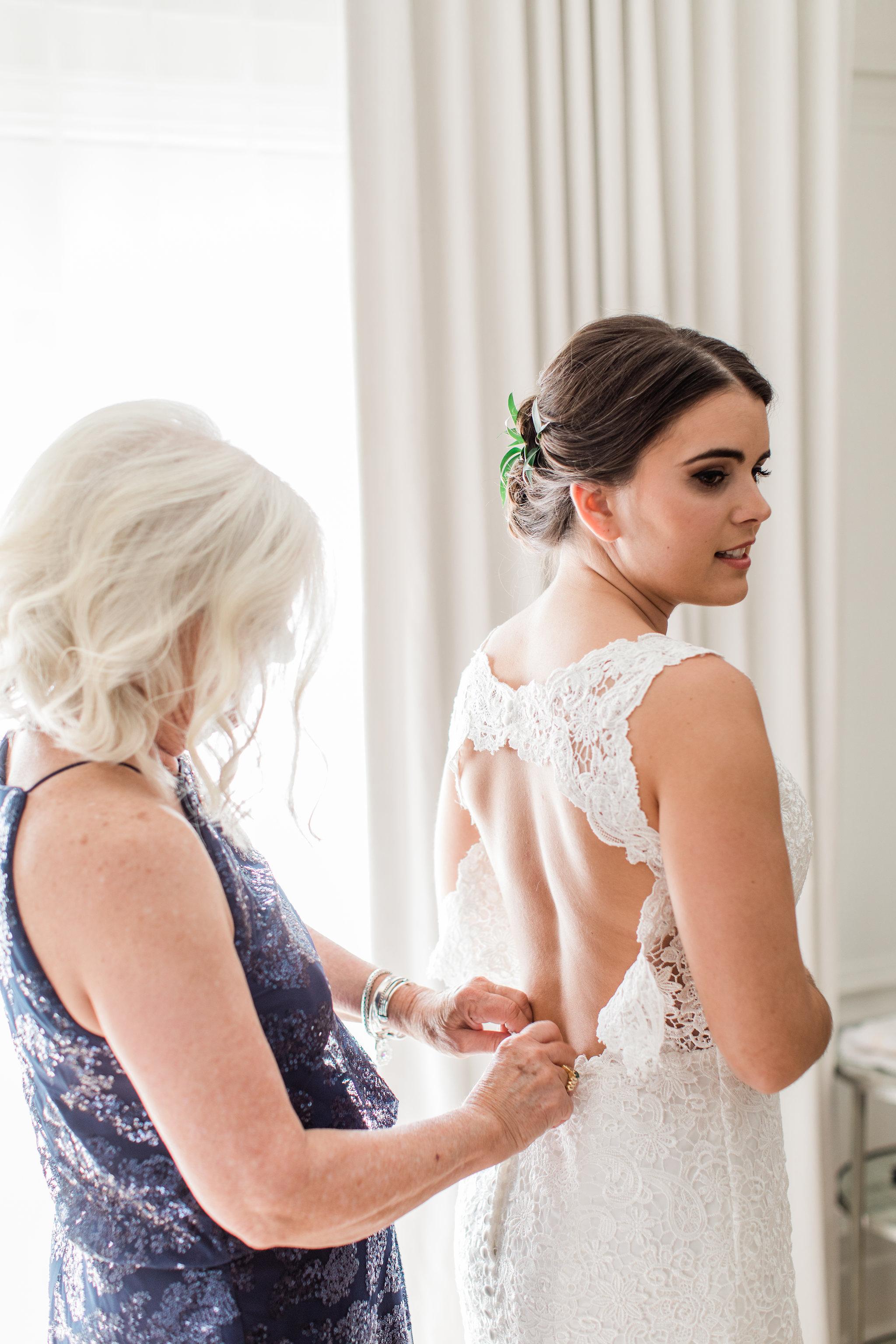 apt-b-photography-Savannah-wedding-photographer-savannah-engagement-photographer-historic-savannah-engagement-charles-h-morris-center-wedding-savannah-weddings-the-brice-hotel-getting-ready-7.JPG