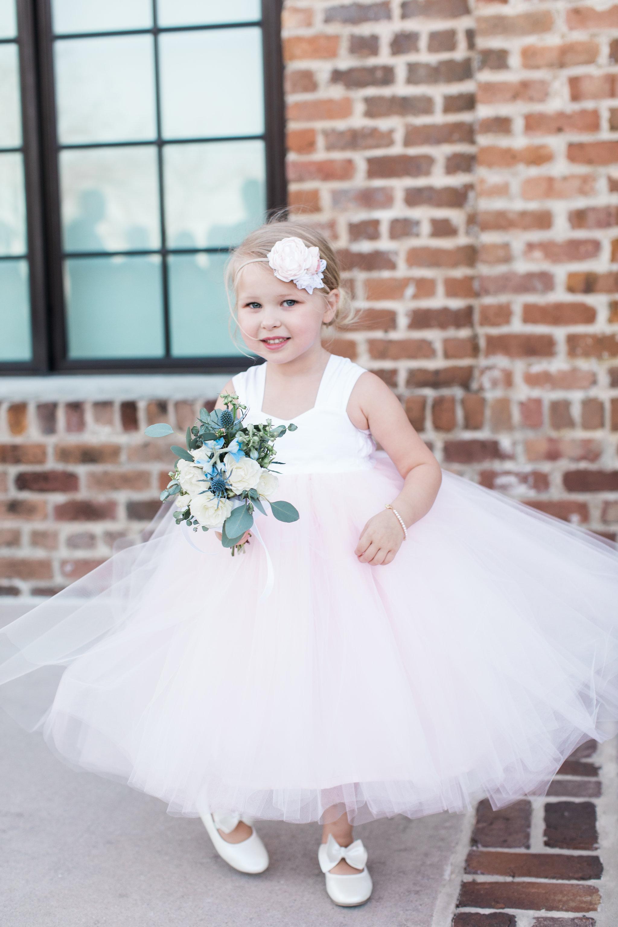 apt-b-photography-Savannah-wedding-photographer-savannah-engagement-photographer-historic-savannah-engagement-charles-h-morris-center-wedding-savannah-weddings-32.JPG