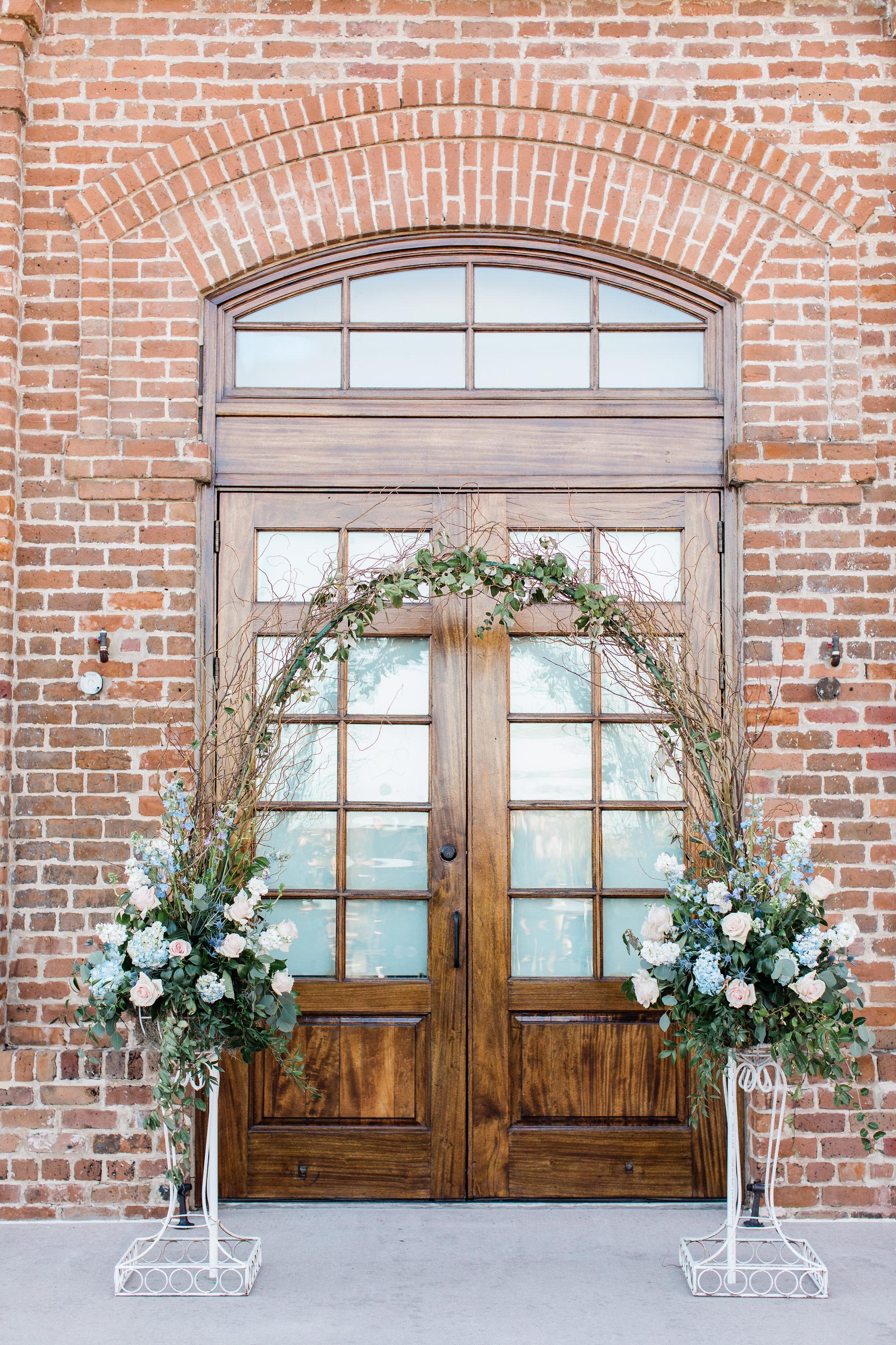 apt-b-photography-Savannah-wedding-photographer-savannah-engagement-photographer-historic-savannah-engagement-charles-h-morris-center-wedding-savannah-weddings-34.JPG