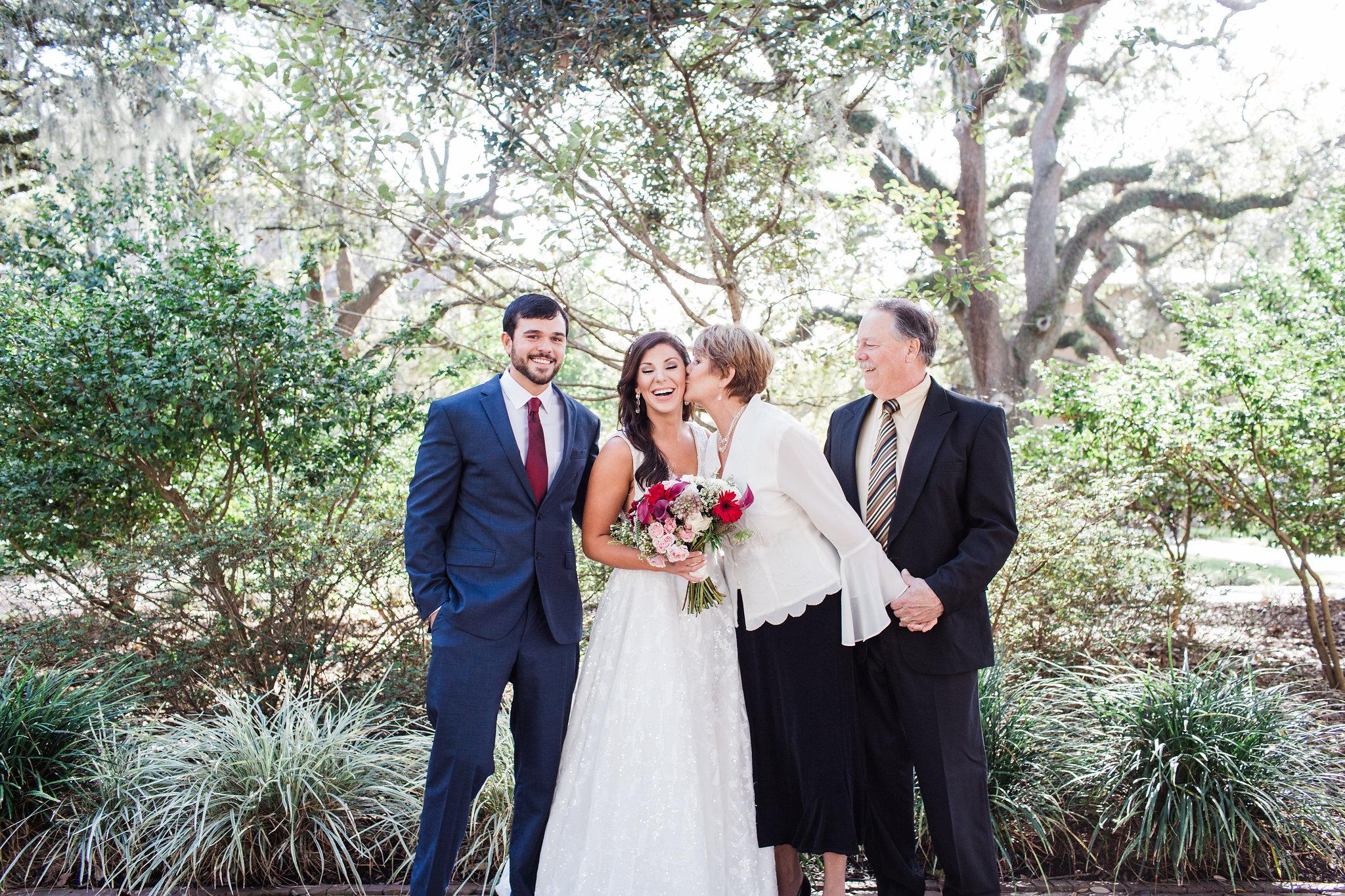apt-b-photography-lindsey-shawn-Savannah-wedding-photographer-savannah-elopement-photographer-historic-savannah-elopement-savannah-weddings-hilton-head-wedding-photographer-jekyll-island-wedding-photographer-8.jpg