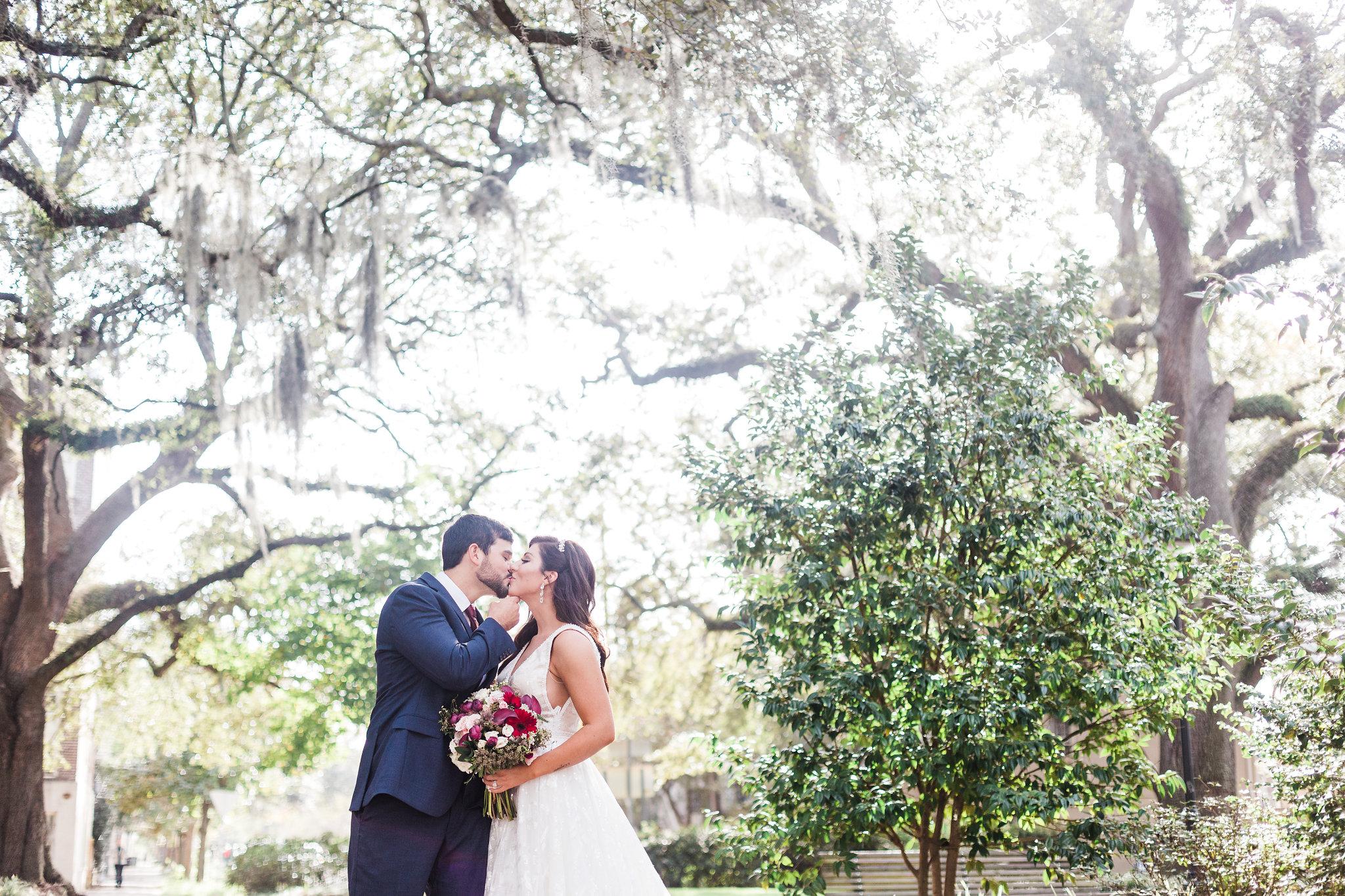 apt-b-photography-lindsey-shawn-Savannah-wedding-photographer-savannah-elopement-photographer-historic-savannah-elopement-savannah-weddings-hilton-head-wedding-photographer-jekyll-island-wedding-photographer-25.jpg