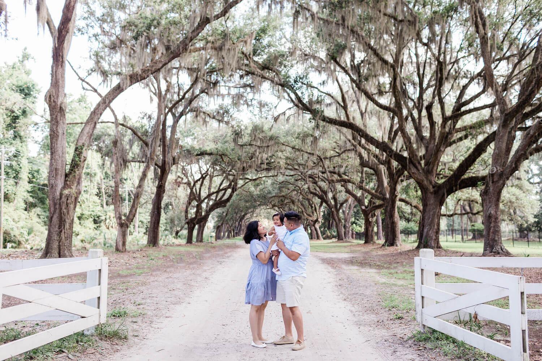 Apt-b-photography-savannah-engagement-photographer-savannah-family-kid-hilton-head-elopement-savannah-wedding-photographer-02.jpg