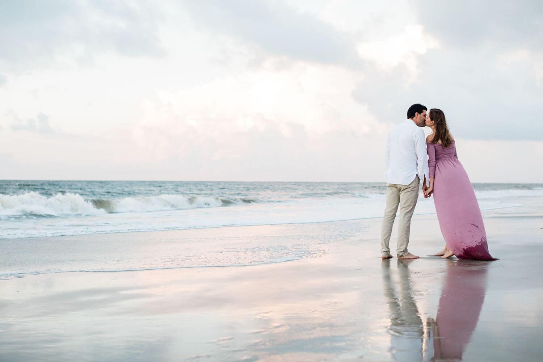Apt-b-photography-savannah-maternity-photographer-savannah-wedding-photographer-tybee-island-engagement-tybee-maternity-4.jpg