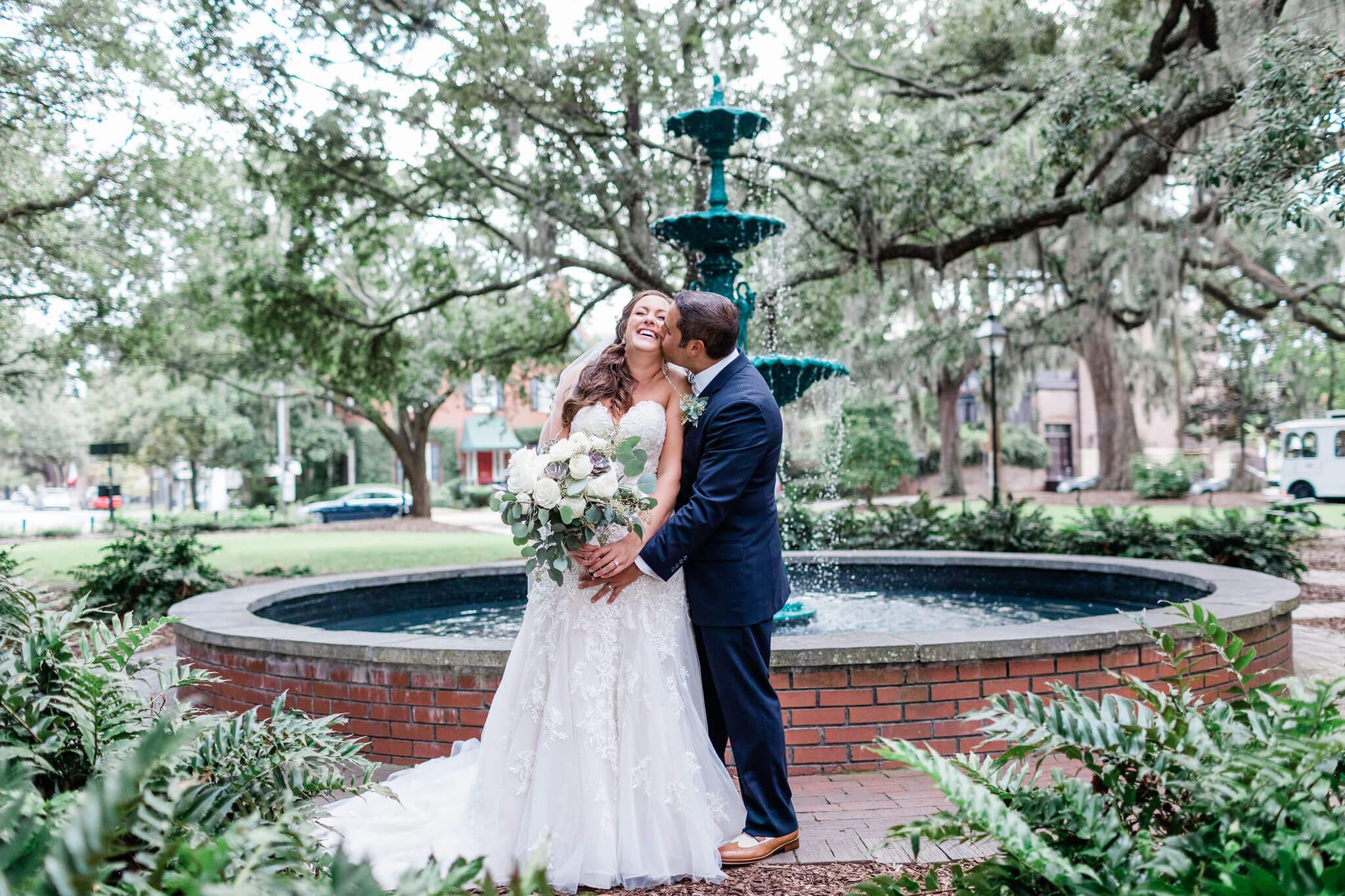 Apt-b-photography-savannah-wedding-photographer-savannah-wedding-historic-downtown-wedding-photographer-10.jpg