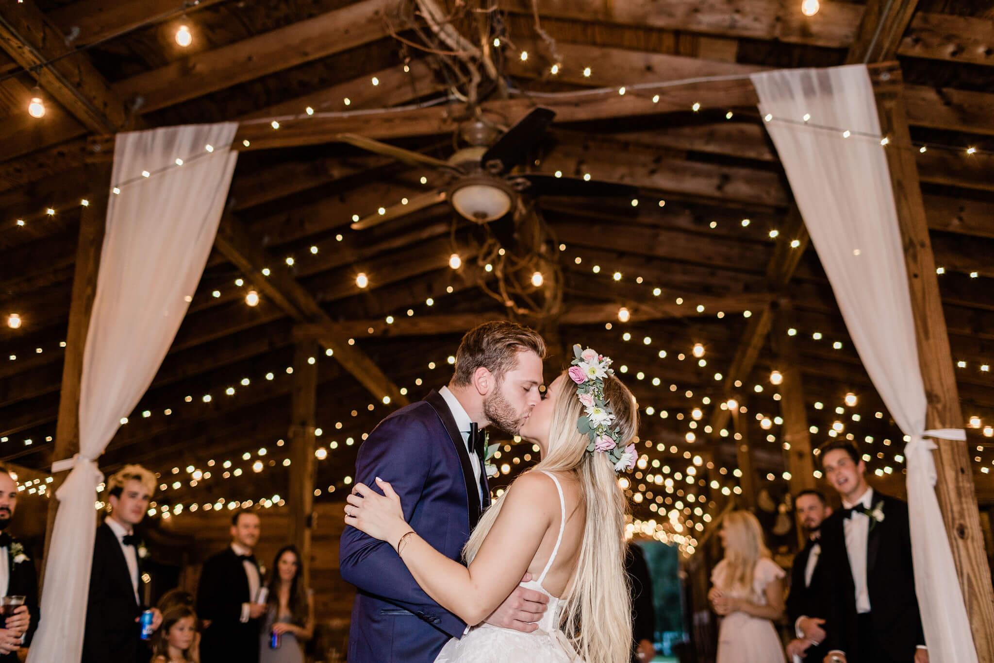 apt-b-photography-savannah-wedding-photographer-savannah-wedding-charleston-wedding-photographer-40.jpg