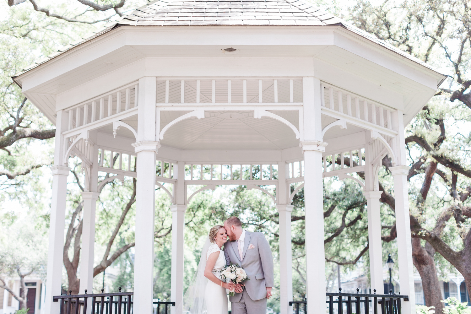 AptBPhoto_Savannah_Wedding_Photographer024.jpg