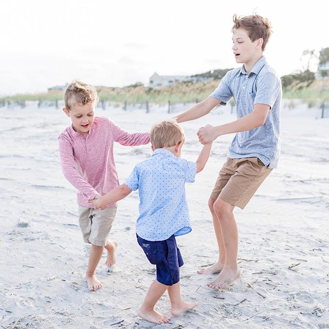 One of my favorite parts of being a photographer during summer in the Lowcountry is how often I get to spend magical evenings on the beach with families who are on vacation. While I love my grown up clients too, there's something about getting to run and play in the sand with kids that makes my heart so happy. I can just FEEL how delighted they are by the sand and water, such simple things that bring massive joy and create incredible memories. ⠀⠀⠀⠀⠀⠀⠀⠀⠀ And that's my whole goal with a family shoot when you're on vacation - that it's not taking time away from the fun, but actually adding a special memory to the experience. ✨